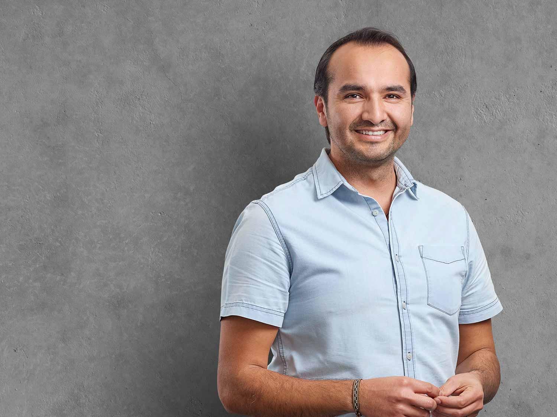 Carlos Serrato, Sales